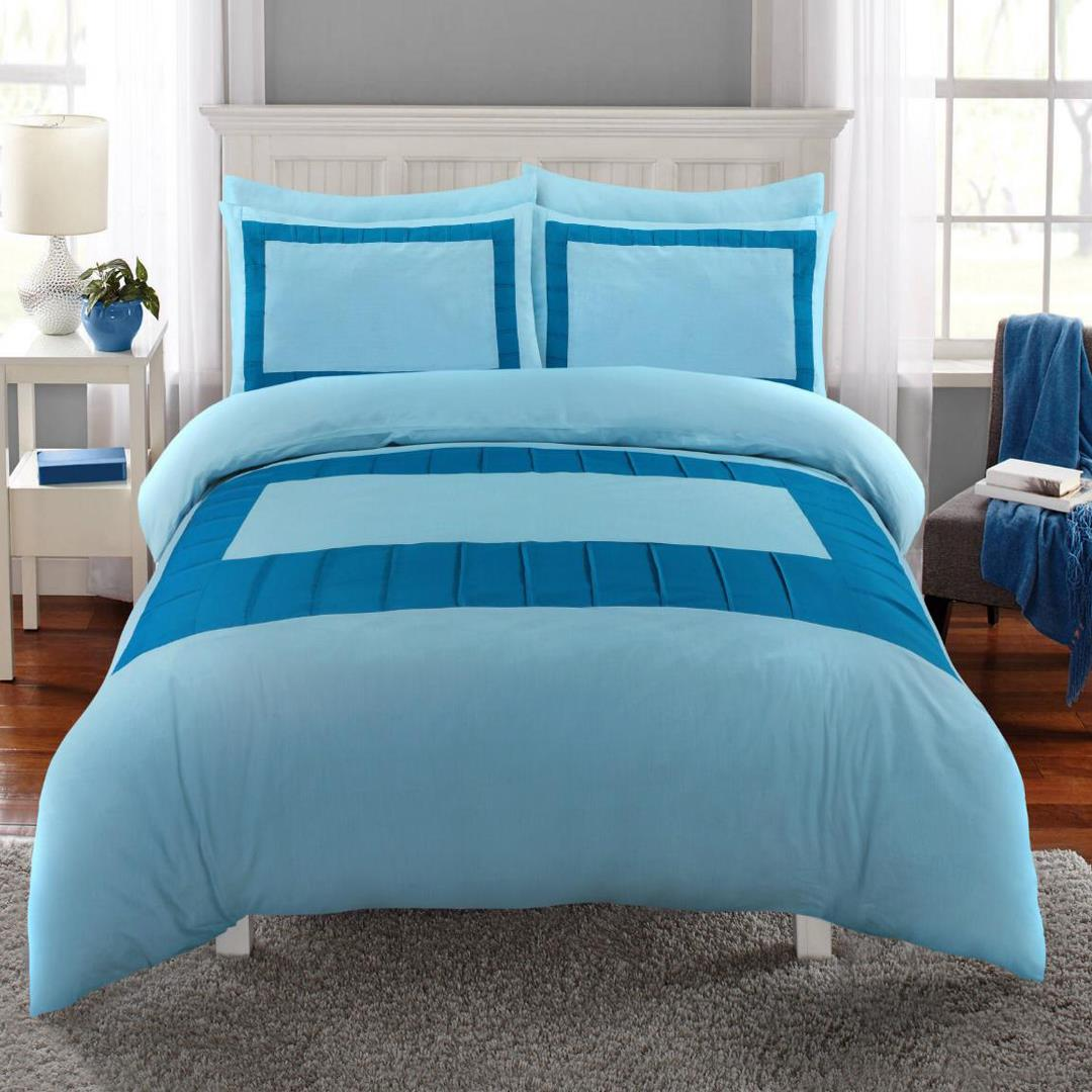 8 Pcs Blue Block Sky Blue Bed Sheet Set With Quilt, Pillow And Cushions Covers