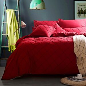 8 Pcs Pinch Pleat Red Bed Sheet Set 250T With Quilt, Pillow And Cushions Covers