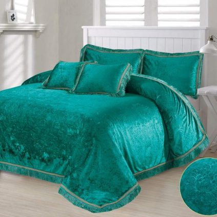 5 Pcs Faux Velvet Embossed Green Bedding Set 01